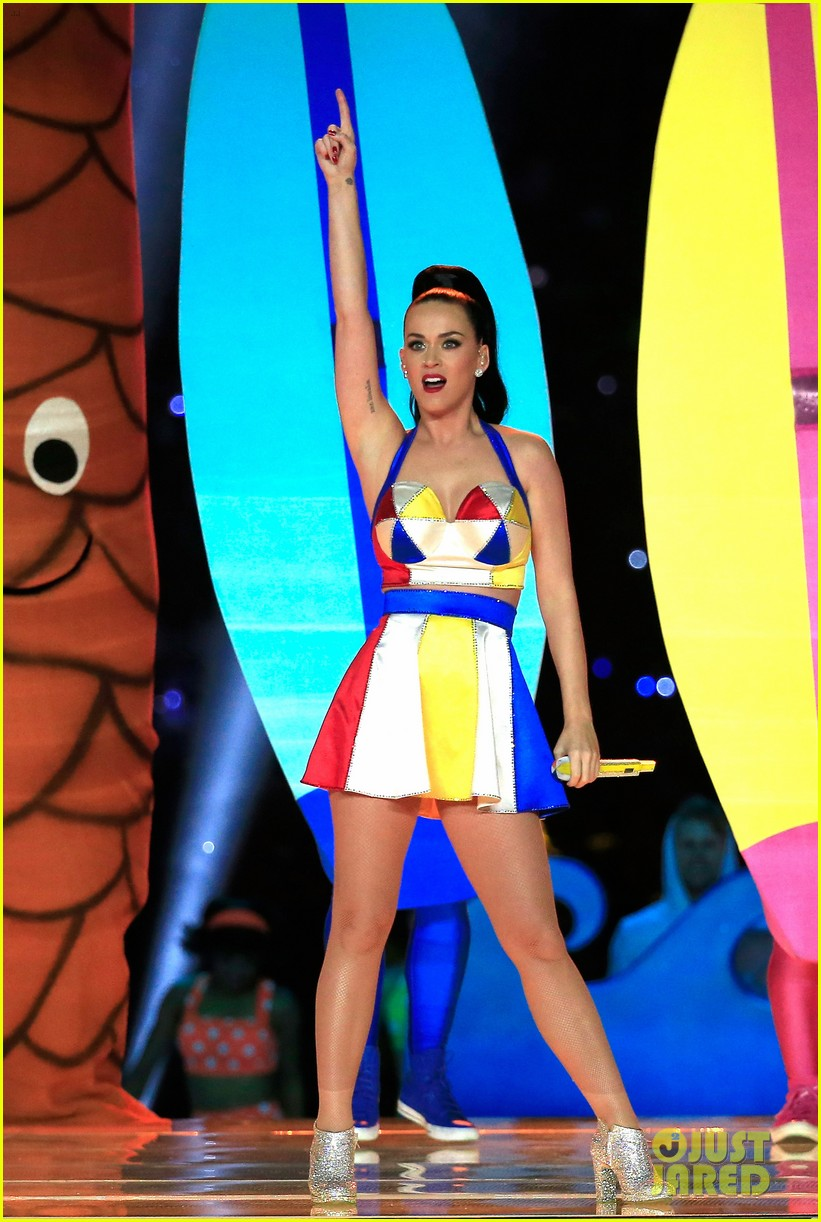 katy-perry-super-bowl-halftime-show-2015-01